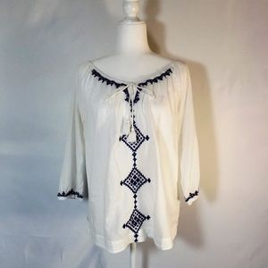 Crown & Ivy Lg White Blouse with Blue Embroidery